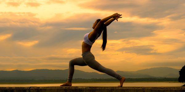 yoga-mindfulness-min.jpg